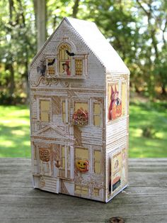 darling printable templates also, like this little house.