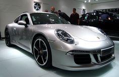 2012  silver Porsche 911