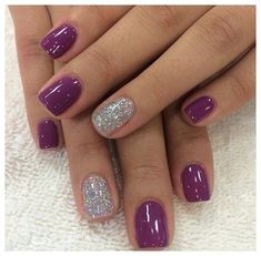 Nail art is a very popular trend these days and every woman you meet seems to have beautiful nails. It used to be that women would just go get a manicure or pedicure to get their nails trimmed and shaped with just a few coats of plain nail polish. Snowflake Nail Art, 3d Snowflakes, Dipped Nails, Gel Nail Designs, Nails Design, Pedicure Designs, Purple Nail Designs, Pedicure Ideas, Purple Nails With Design