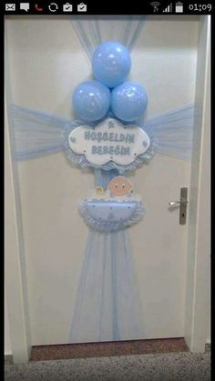 . Baby Shower Balloons, Baby Shower Themes, Baby Boy Shower, Baby Shower Gifts, Baby Gifts, Hospital Door Decorations, Deco Buffet, Baby Door Hangers, Shower Bebe