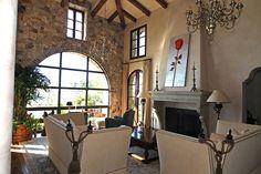 Nice living room details.