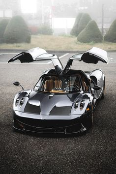 Pagani Huayra  is the 4th most expensive new #car for sale today: US $ 1.6 millions. Photo reposted from Tumblr account itatian-luxury  See the complete Top 10 at http://mostexpensivecartoday.com