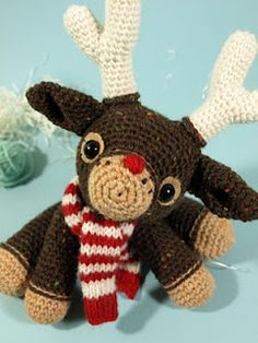 Crocheted Reindeer - need to learn how to crochet just to make this!
