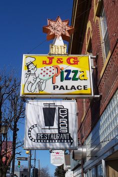 OH Sylvania - J & G Pizza Palace | Neon and plastic sign for… | Flickr