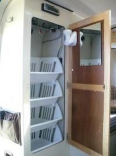 Easy and creative rv organization ideas for space-saving (1)