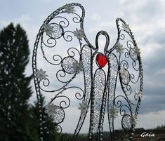 Wire Crafts, Jewelry Crafts, Cross Tree, Beaded Angels, Angel Crafts, Angels In Heaven, Wire Art, Wood Sculpture, String Art