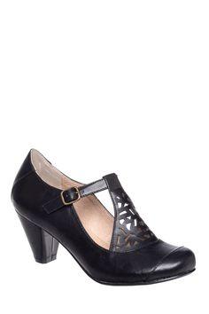 Unique 1920s style shoes : Mod Mary Jane Mid Heel Pump $64.99 AT vintagedancer.com