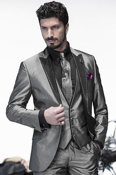 Alternative Weddings in #Gothic Style Emotion Collection for #Men Absolute #MadeinItaly Online http://www.ottavionuccio.com/it/completo/ongala-1075.html