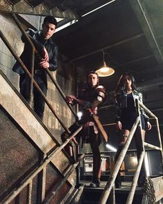 These 3 made a good team! #shadowhunters #2x13   ...   Shadowhunters Updates
