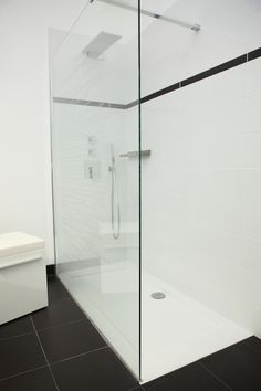 Douche italienne on pinterest italian bathroom showers - Installer douche italienne ...