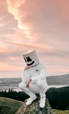 Marshmello Wallpapers - Click Image to Get More Resolution & Easly Set Wallpapers Hipster Wallpaper, Neon Wallpaper, Homescreen Wallpaper, Music Wallpaper, Shiva Wallpaper, Dope Wallpapers, Hd Wallpapers For Mobile, Marshmallow Pictures, Dj Marshmello