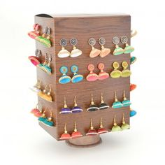 Make your own rotating jewelry storage using cereal box and paper roll. Click to see ideas on how to store/display all kinds of jewelry.