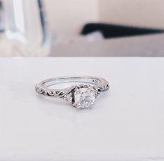 Vintage diamond engagement ring <3