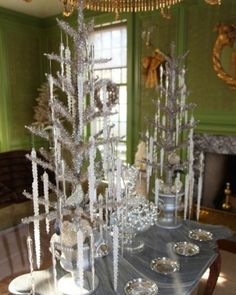 """See+the+""""Green+and+Silver""""+in+our+Martha's+Holiday+Decorating+Ideas+gallery"""