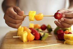 i love summer because fruits come cheap... can't wait til it's fresh fruit season again!