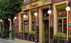 Wanneer je een weekend in de schitterende stad Gent bent, zijn er oneindig veel plekken om uit eten te gaan. We hebben 9 van de beste restaurants voor je op een rij gezet!