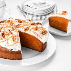 Karottenkuchen ohne Mehl: In 10 Minuten vorbereitet   GALA.de Cheesecake, Food And Drink, Low Carb, Pie, Desserts, Cakes, Glutenfree, Cooking, Food And Drinks