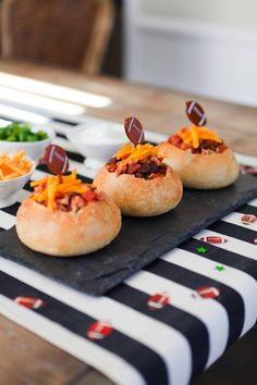 Mini Super Bowl Turkey Chili Bread Bowls