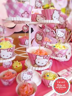 Cupcake Toppers and Wrappers Cupcake Toppers, Hello Kitty, Party, Food, Meal, Essen, Hoods, Receptions, Meals