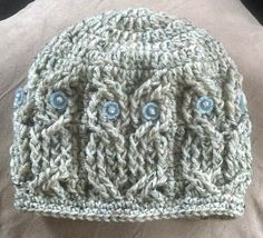I have this bookmarked on Ravelry too. How cute are the cabled owls?