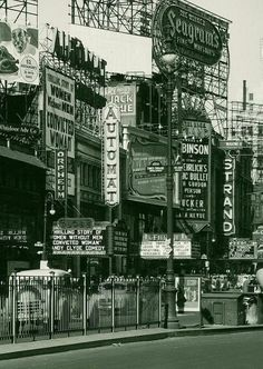 Times Square, 1940