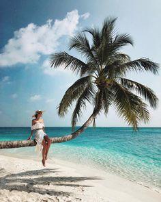 Conrad Maldives Rangali Island with Yana Leventseva War Photography, Types Of Photography, Summer Photography, Exotic Beaches, Beach Poses, Sunny Beach, Summer Photos, Beach Pictures, Travel Pictures