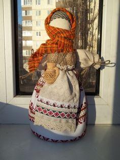 Traditional Ukrainian motanka doll by Olena Oriekhova #art #Ukraine #crafts