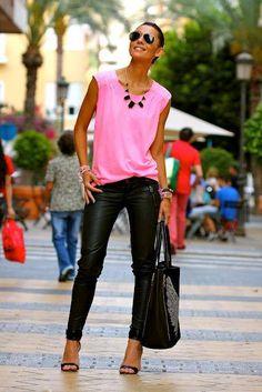 Mais um look lindo!   Eu amei essa seleção de calçados  http://imaginariodamulher.com.br/look/?go=2guUo1f