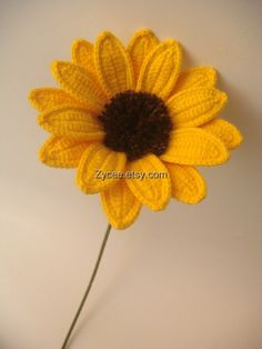 Items similar to Daisy yellow crocheted flower home decoration on Etsy Diy Crochet Flowers, Crochet Sunflower, Crochet Daisy, Crochet Cactus, Sunflower Pattern, Knitted Flowers, Crochet Flower Patterns, Flower Applique, Love Crochet