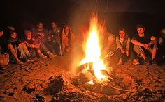 #Relaxen am #Lagerfeuer in #Marokko © Banana Surf Morocco