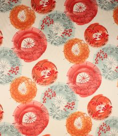 Great value Villa Nova designer clearance fabric with an unusual contemporary floral print design. Great for modern curtains or a feature roman blind. Buy online or from one of our large fabric shops in Cheltenham or Burford.