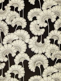 Helen and David Lennie tribute to Florence Broadhurst - Wallpaper, Brooklyn Brownstone Collection, Japanese Floral #print #patterns #wallpaper