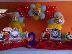 Decoracion con globos  Fiesta tren thomas