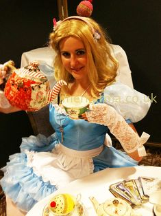 ALICE IN WONDERLAND THEMED Tea Leaf Readers for Parties Hen nights & corporate entertainment