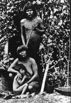Famille Yamanas au début du XXème siècle