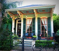 A shotgun house - single style and double style