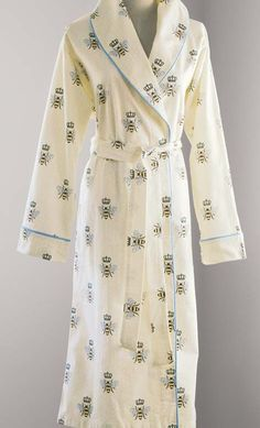 63bcf6c2fa80 A regally soft robe fit for Queen Bee herself! Made from the softest 100%