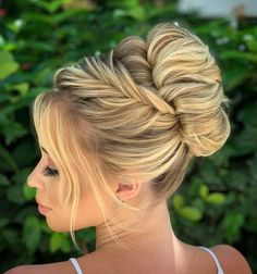 most charming wedding hairstyles you must try in 2019 - Page 49 of 52 - iprettygirl Loose Hairstyles, Bride Hairstyles, Pretty Hairstyles, Hairstyle Ideas, How To Make Hair, Make Up, Hair Flow, Hair Extensions Best, Sleek Ponytail