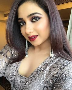Shreya Ghoshal pop music singer Insta naughty actress cute and hot tollywood plus size item girl Indian model unseen latest very beautiful a. Beauty Full Girl, Cute Beauty, Beauty Women, Most Beautiful Indian Actress, Beautiful Actresses, Shreya Ghoshal Hot, Muslim Beauty, Bollywood Actress Hot Photos, Stylish Girl Pic