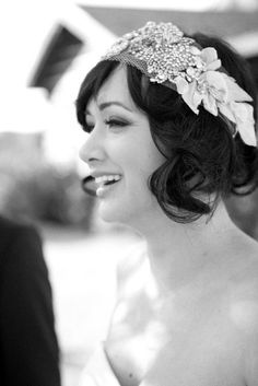 Thinking about WEDDING hair pieces?? ;) If my hair was short, for sure.. but it'll be long.. still cute idea for other things..