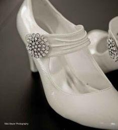Vintage Wedding Shoes on Retro  Vintage  Bridal Shoes
