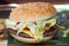 Panino di McDonald's , Italy .