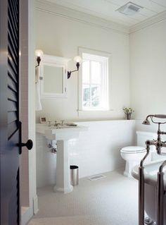 Low Country Cottage traditional bathroom