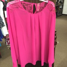 Top Beautiful pink top with lace! Tops