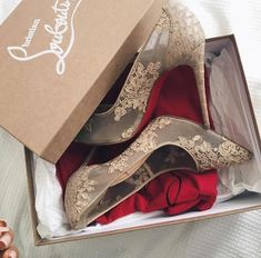 Christian Louboutin Just sharing Christian Louboutin Shoes Heels Cute Shoes, Me Too Shoes, Women's Shoes, Shoe Boots, Trendy Shoes, Ankle Boots, Dream Shoes, Christian Louboutin Outlet, Christian Louboutin Shoes