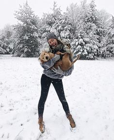 150 Fall Outfits to Shop Now Vol. 3 / 082 Teddy Coat cute winter outfit for everyday jacket shirt blue jeans pretty purse jew Street Style Photography, Winter Photography, Adobe Photography, Fashion Photography, Wedding Photography, Disney Play, Winter Schnee, Snow Pictures, Foto Casual
