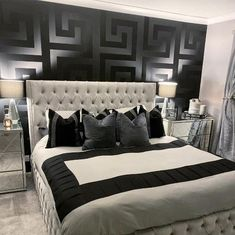 Versace Home Collection Textured wallcoverings Modern Embossed Vinyl Wallpaper Wall coverings Barocco Victorian Black Greek Key Glam Bedroom, Room Ideas Bedroom, Home Decor Bedroom, Modern Bedroom, Silver Bedroom Decor, Black Room Decor, Chanel Bedroom, Master Bedroom, Black And Silver Bedroom