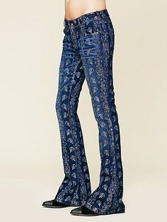 NWOT Free People Silver City Foiled Flared Jeans size 26