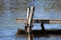 old-wooden-dock-10760377.jpg (400×267)