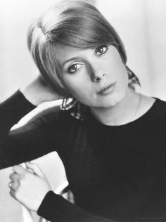 Catherine Deneuve - Drowned In Moonlight French Beauty, Timeless Beauty, Catherine Deneuve Movies, Classic Actresses, Actors & Actresses, Catherine Denueve, Blond, Jane Asher, Catherine The Great